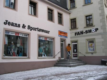 Jeans & Sportswear, Fanshop